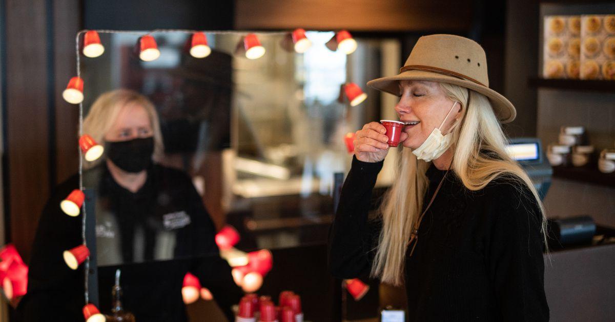 """Shot Bar"" launches at Sea-Tac Airport - KIRO Seattle"