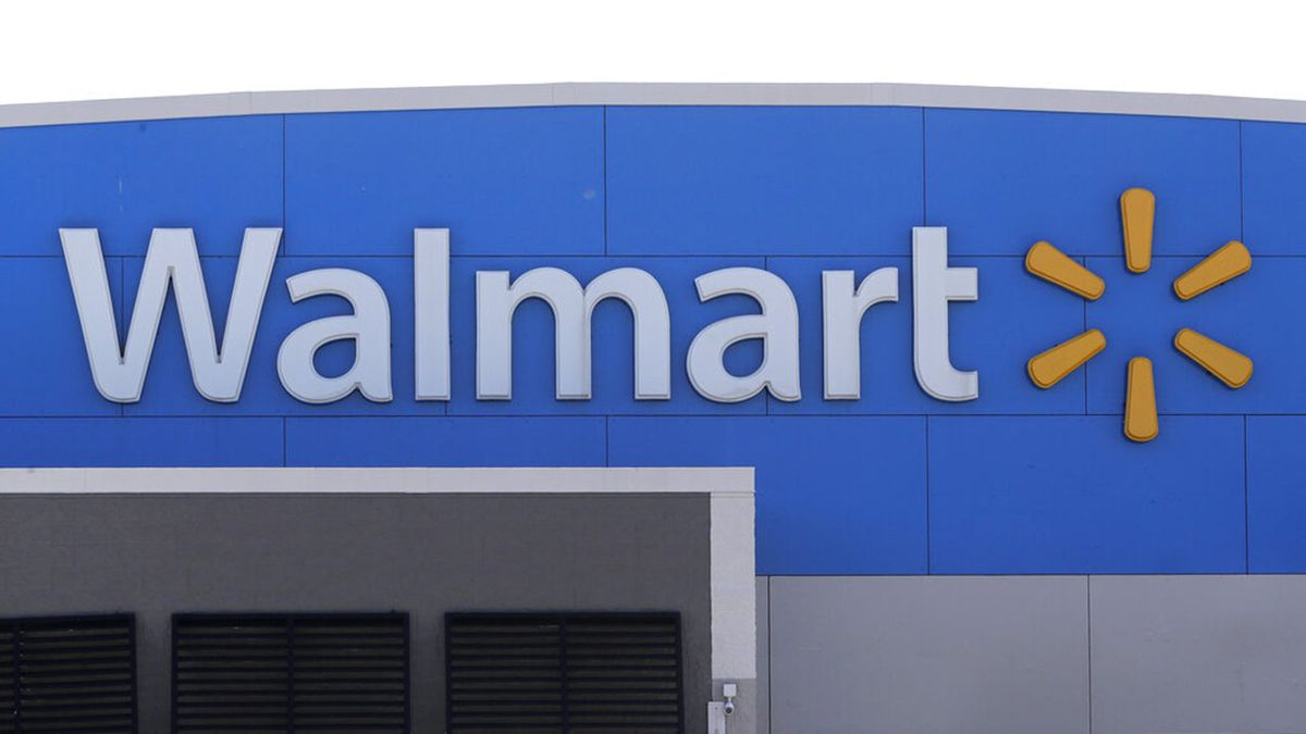 Walmart discontinuing ammunition sales for assault-style rifles
