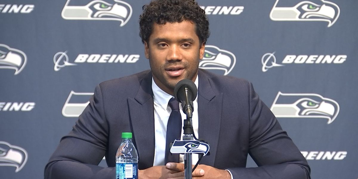Wilson looking at next decade after new deal with Seahawks