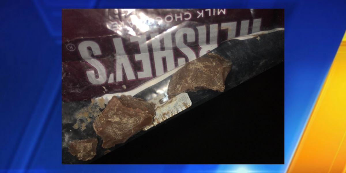 Child injured by blade in Halloween candy from Vancouver, police say