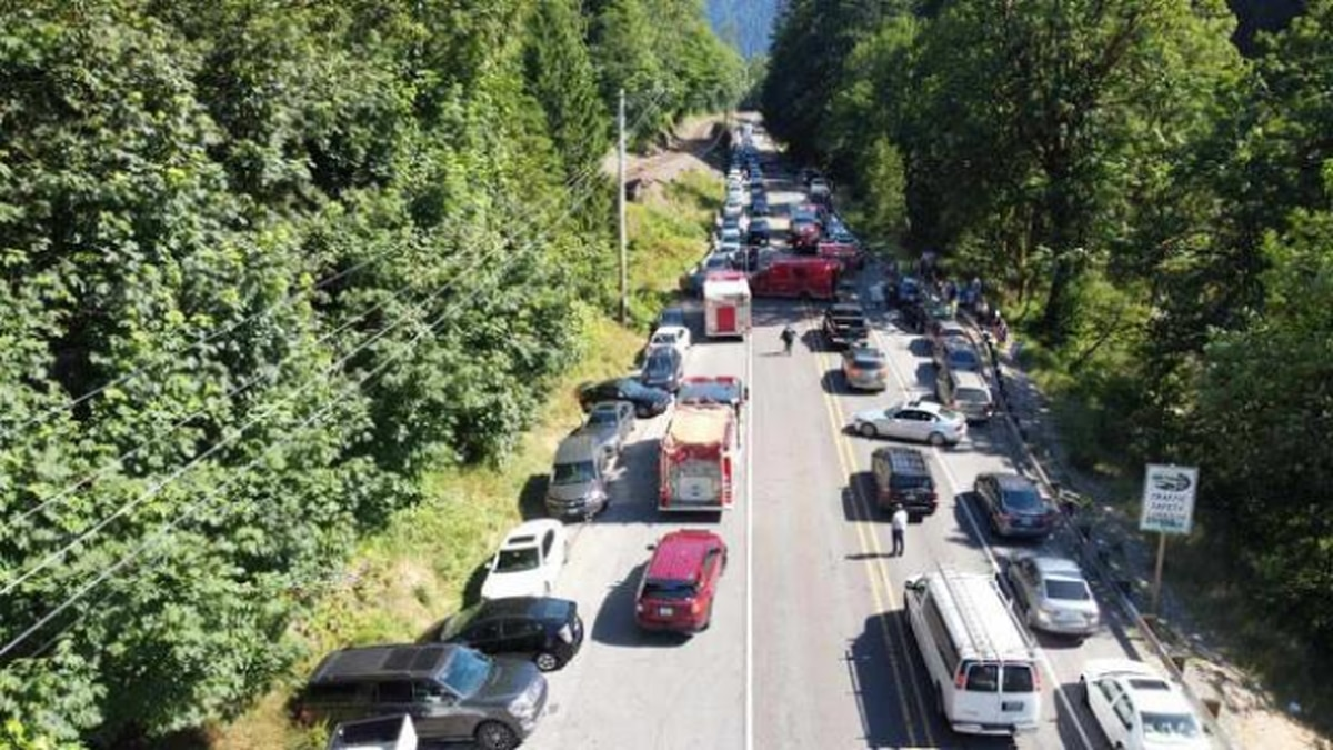 State patrol to start towing cars parked illegally on U.S. 2 near Eagle Falls