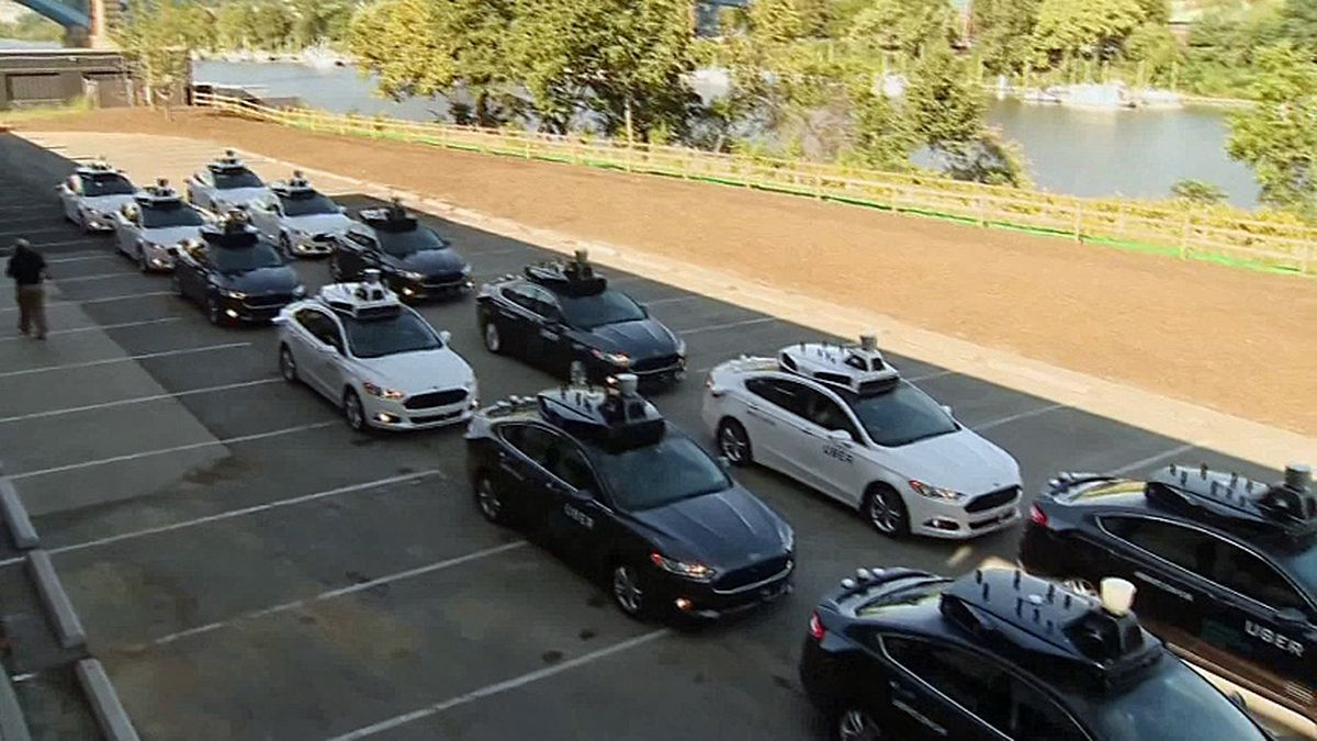 Experts propose that I-5 from Seattle to Canada be only for self-driving cars