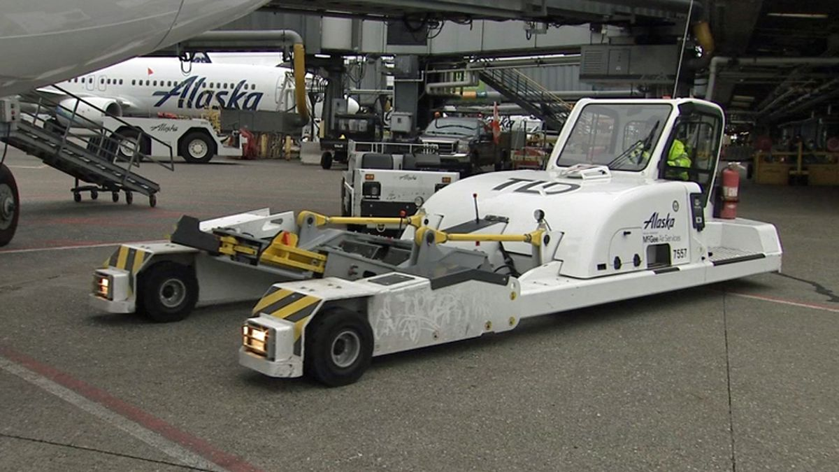 Sea-Tac Airport pushes to be first with all-electric ground vehicles