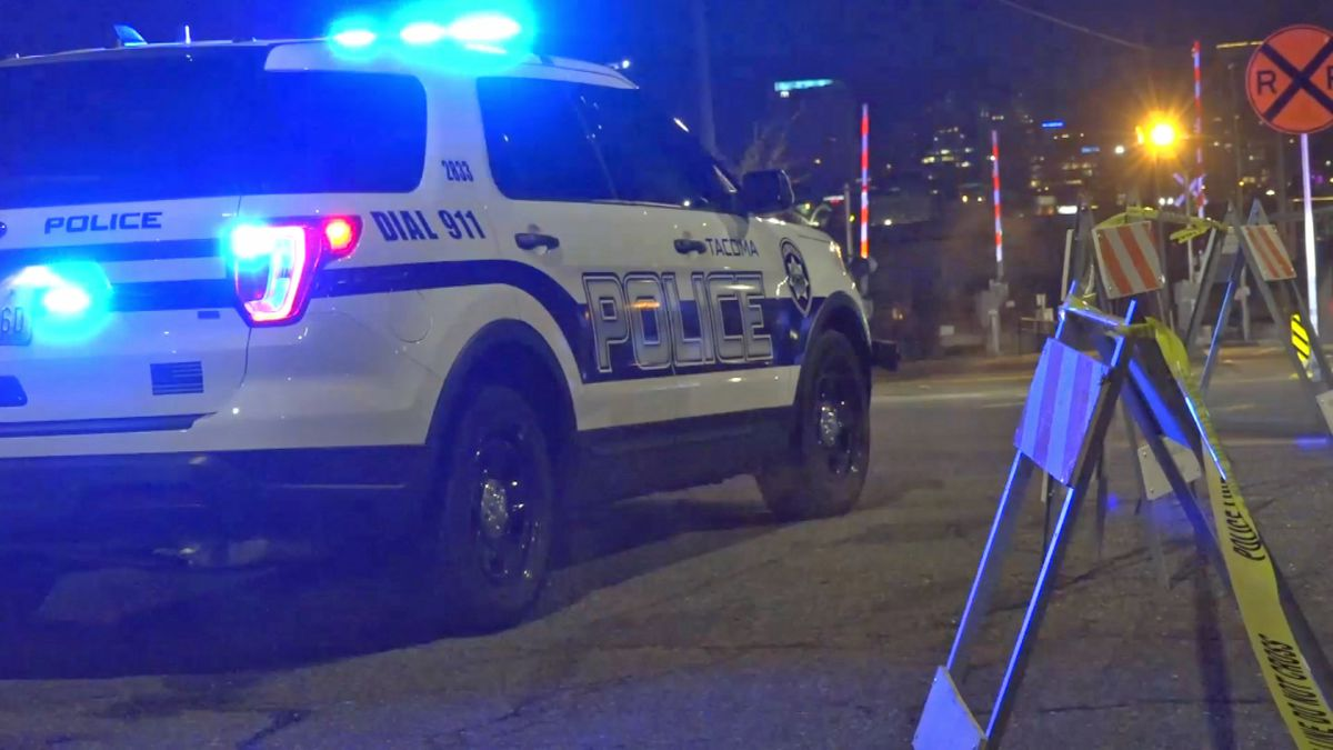 Man shot dead in middle of Tacoma street