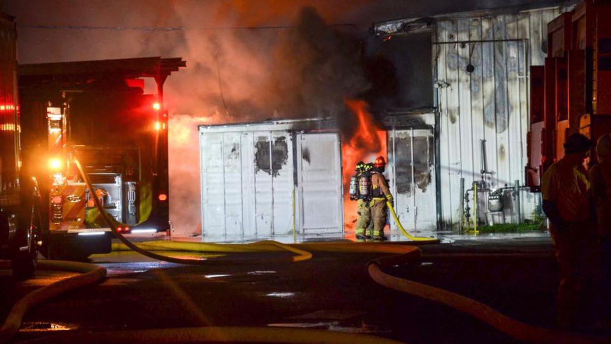 Two-alarm fire rips through commercial laundry center in Tumwater