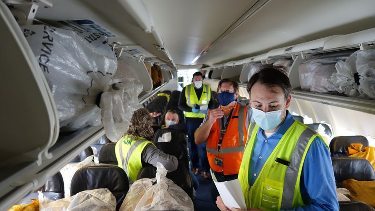 Alaska Air to use passenger jets to fly essential cargo