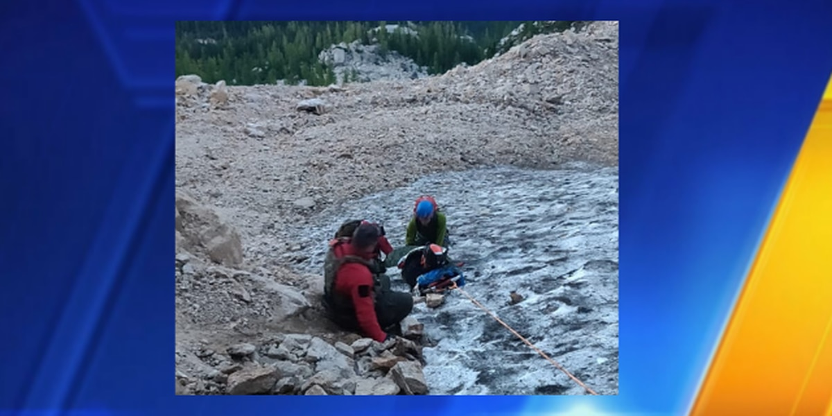 Injured, unconscious hiker rescued in Cascade Mountains