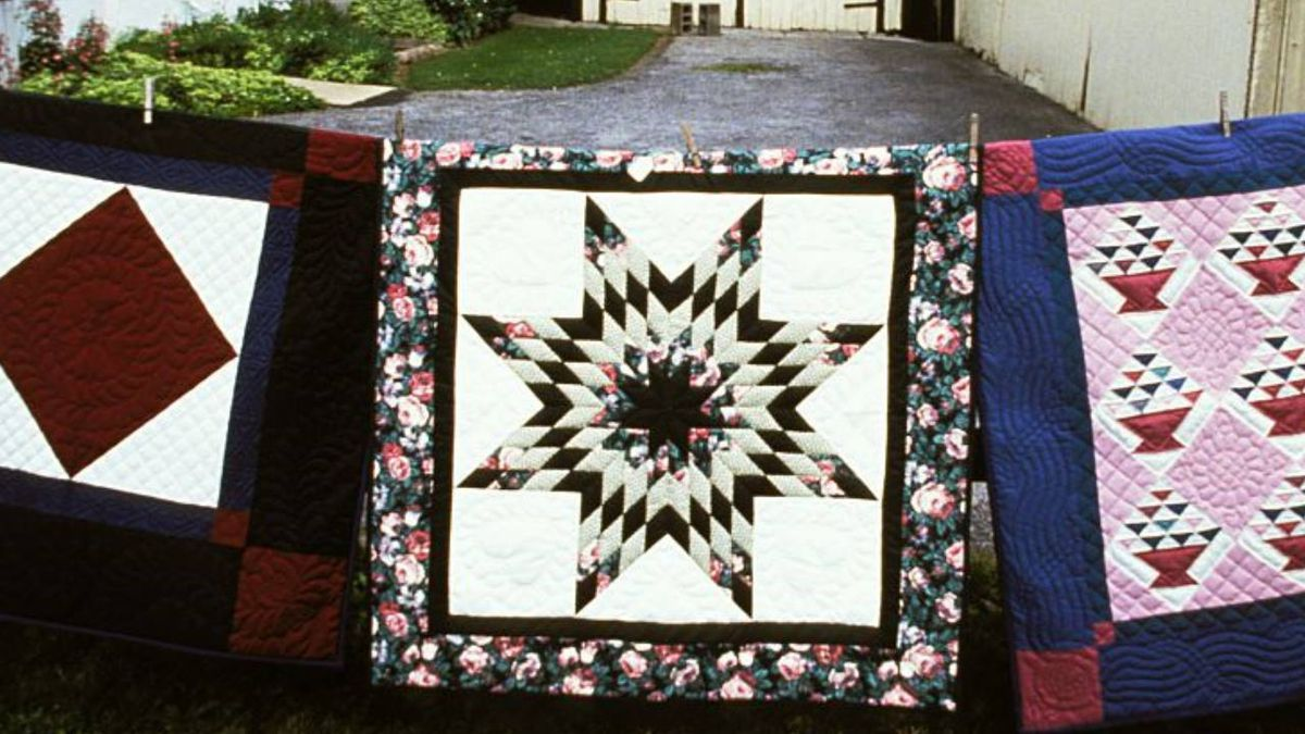 Amish community in Florida auctions quilts, raises $300K for Haiti relief