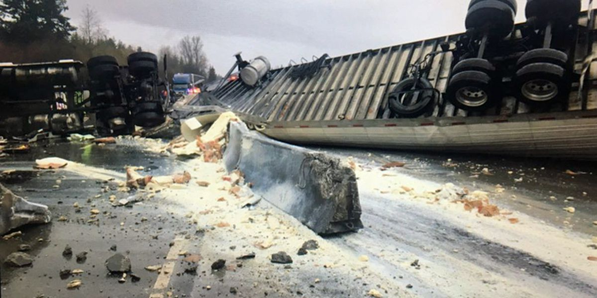 I-5 lanes blocked in Maytown by crash, overturned semi