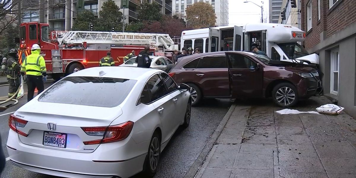 King County Metro Access bus crashes into building near downtown Seattle