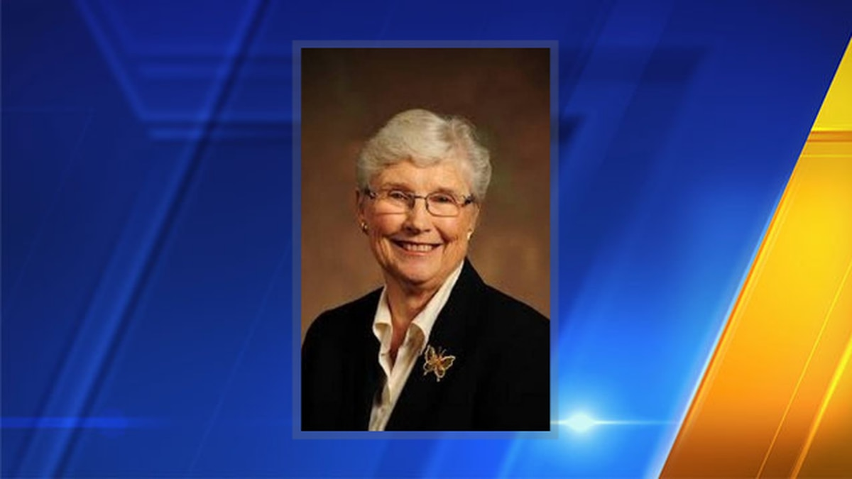 Karen Vialle, school board member and first woman mayor of Tacoma, has died