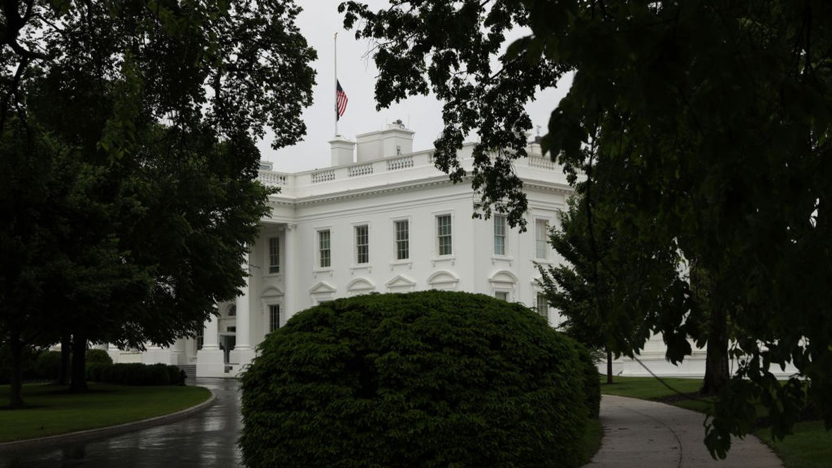 Ricin-laced package sent to White House, FBI says