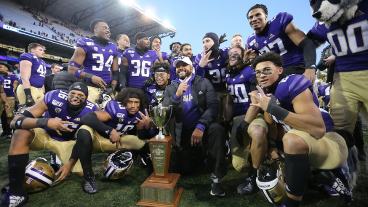 Huskies to face off against Boise State in Las Vegas Bowl