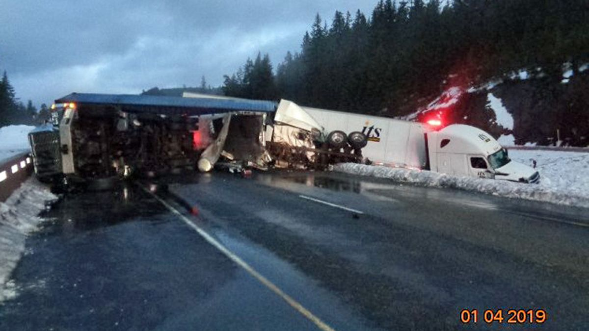 Snoqualmie Pass reopens after multiple crashes, including one fatality