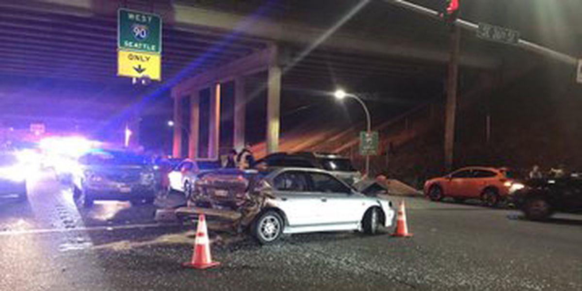 Police investigate suspected DUI crash in Factoria; 8 cars involved