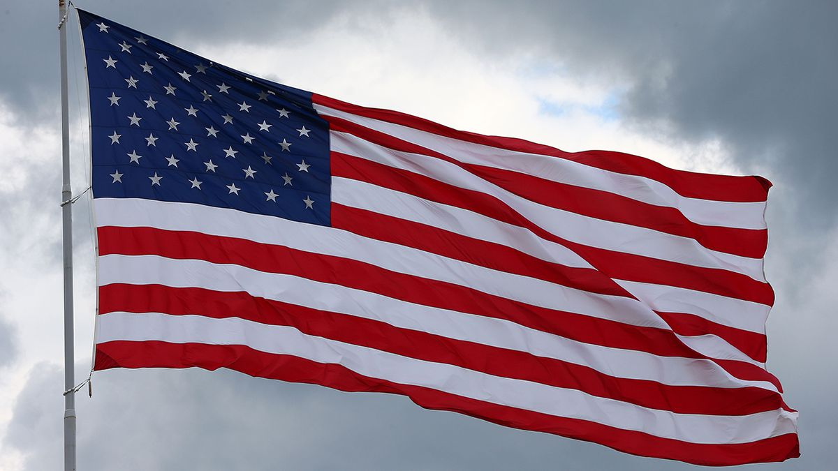 Florida teacher removed from classroom over Pledge of Allegiance message to students
