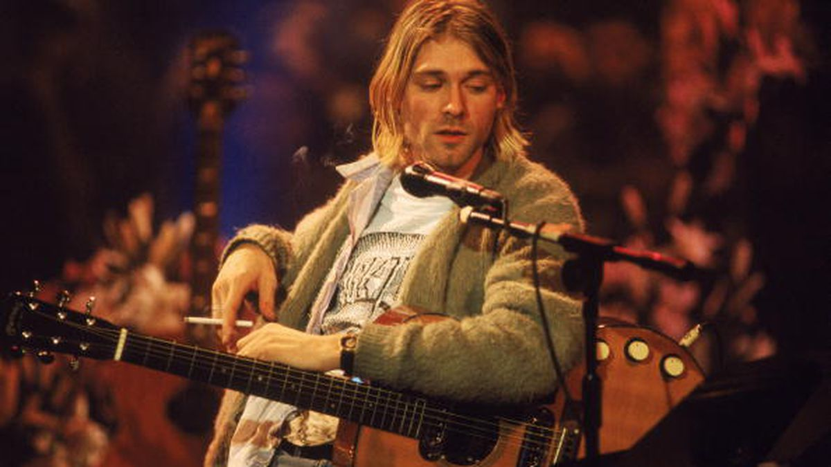 Kurt Cobain's 'Unplugged' sweater, guitar, head to auction