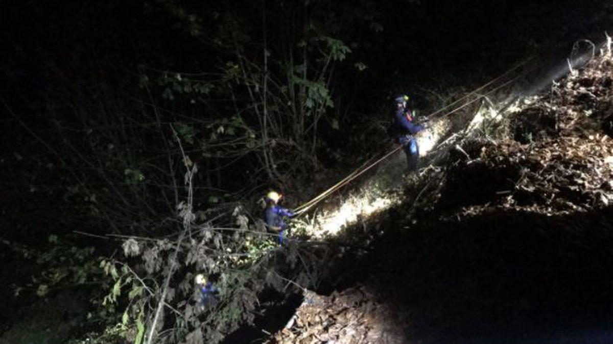 Deputies help rescue hikers lost in woods in Pierce County