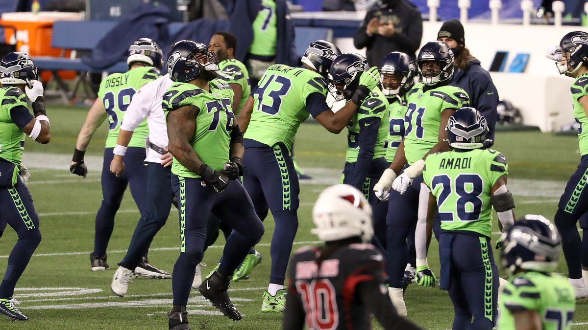 Murray, Cardinals get shut down in loss to Seahawks