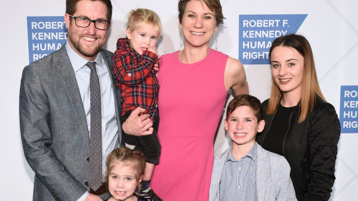 Kennedy family: Search resumes for RFK's granddaughter, great-grandson after canoeing incident