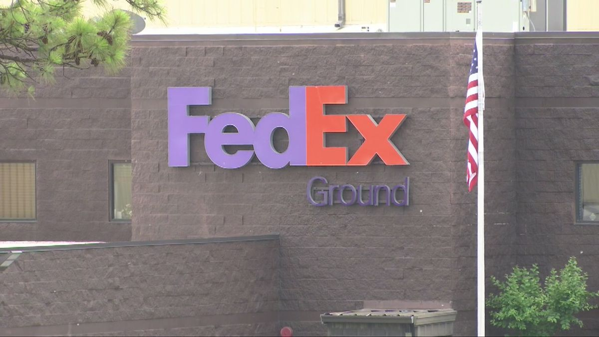 FedEx hiring 400 employees in Tacoma