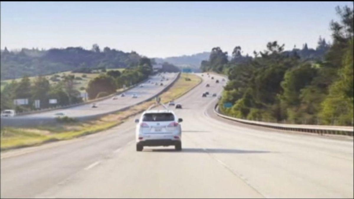 Researchers analyzing benefits, pitfalls of self-driving cars