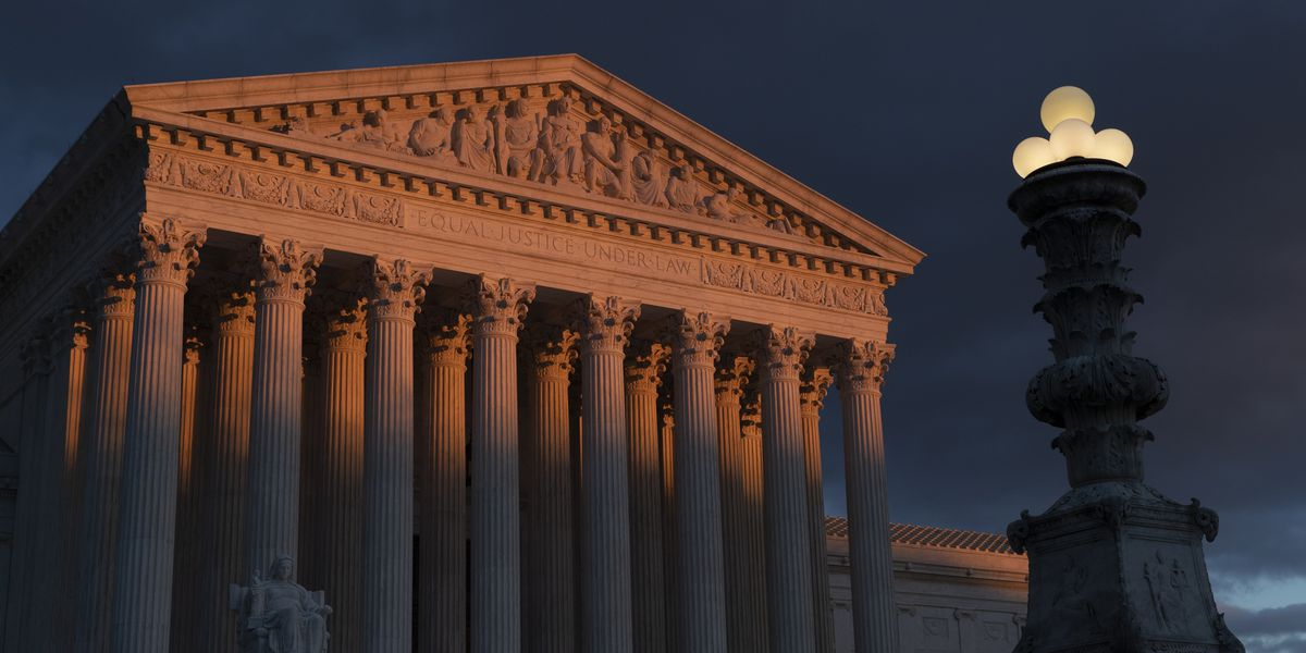 Supreme Court blocks citizenship question on 2020 census for now