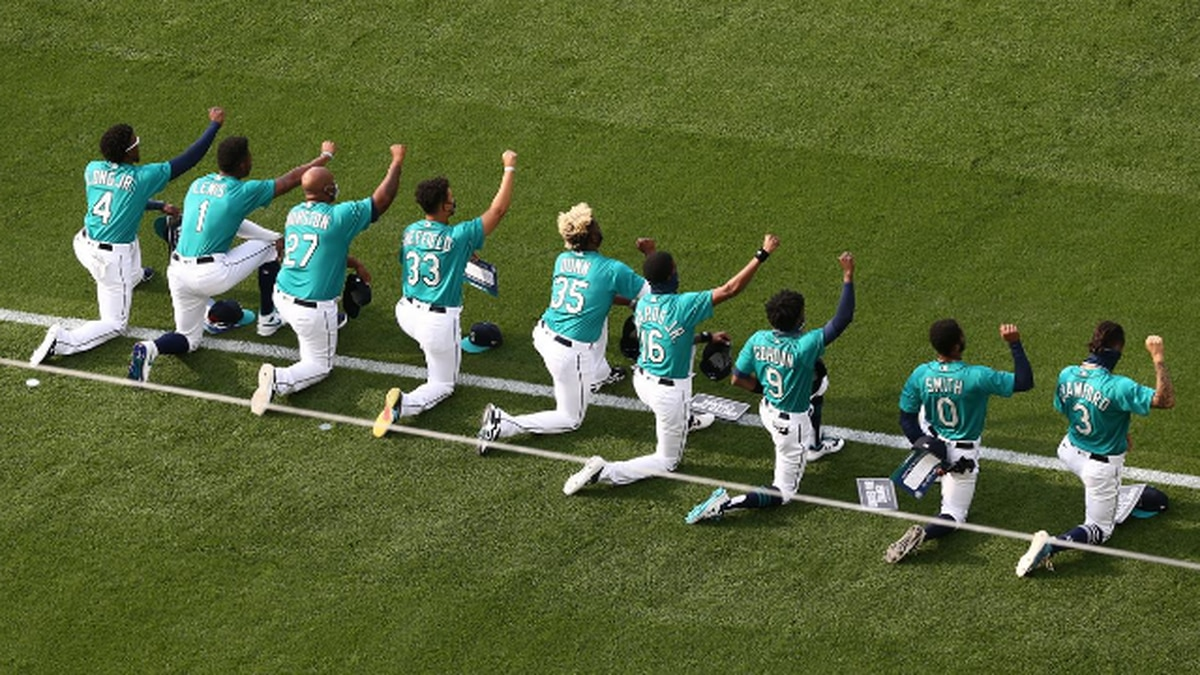Seattle Mariners vote not to play Wednesday's game vs. San Diego Padres