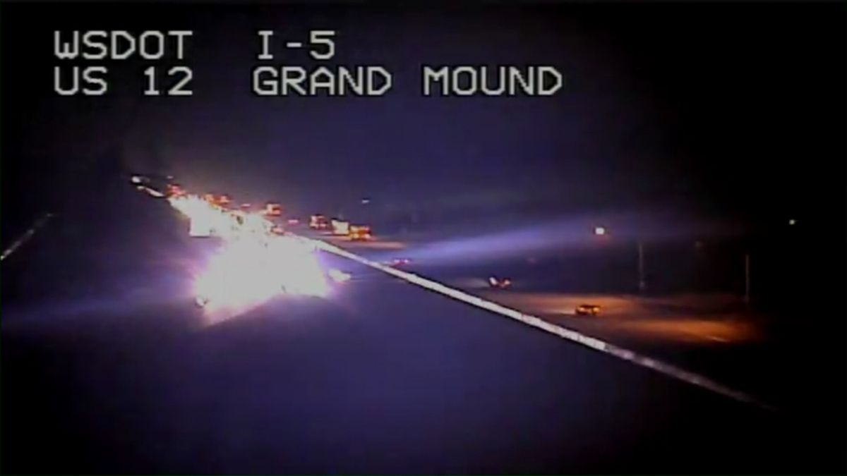 Chase ends with officer-involved shooting on I-5 in Grand Mound; police K-9 injured