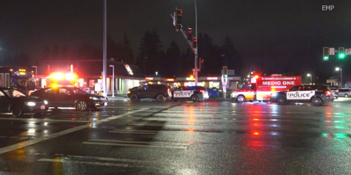 Pedestrian struck by vehicle in Federal Way