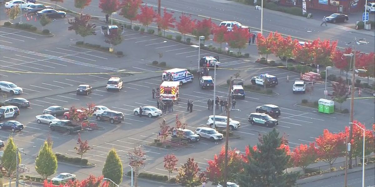 2 injured after shootout with undercover officers in Lowe's parking lot in Kent