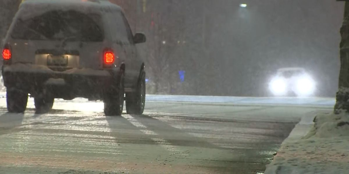 Snow continues to fall overnight in Western Washington