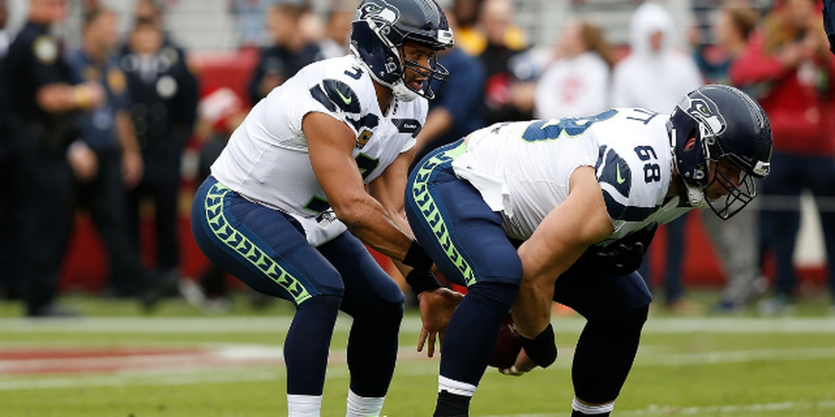 Report: Russell Wilson gives each offensive lineman $12K in Amazon stock