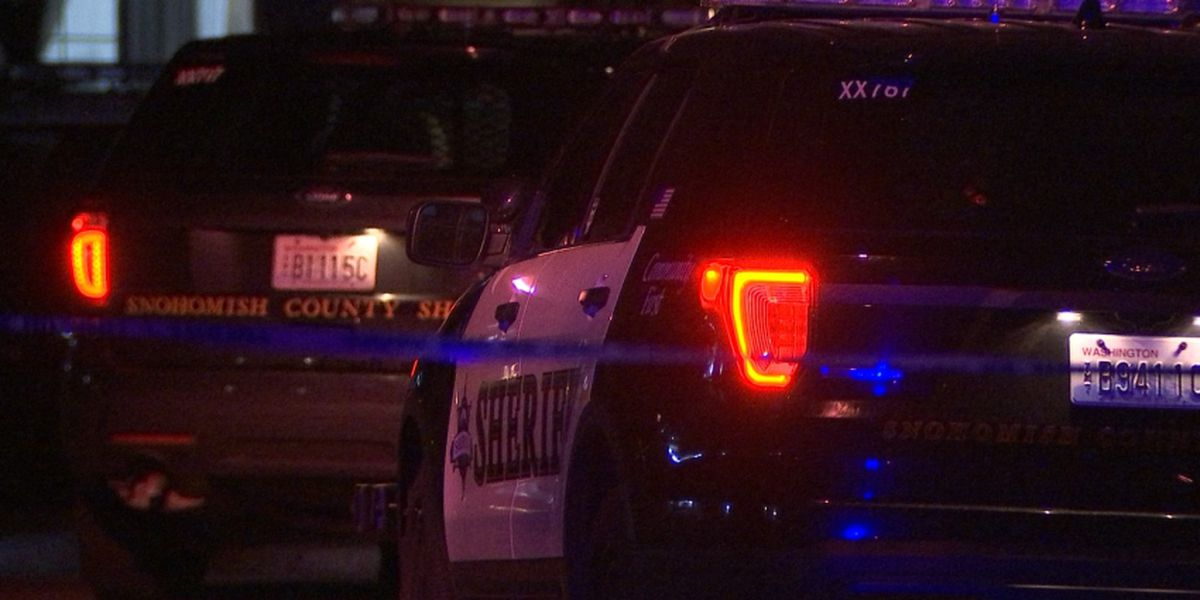 Deputies: Woman fatally shot in Snohomish; man taken into custody