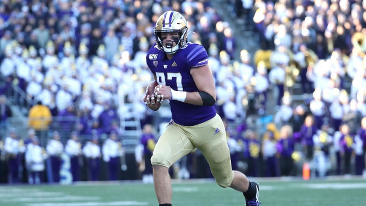 UW Football unveils new 10-game 2020 schedule