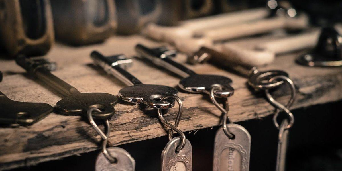 Washington boy pays off school's lunch debts by selling keychains