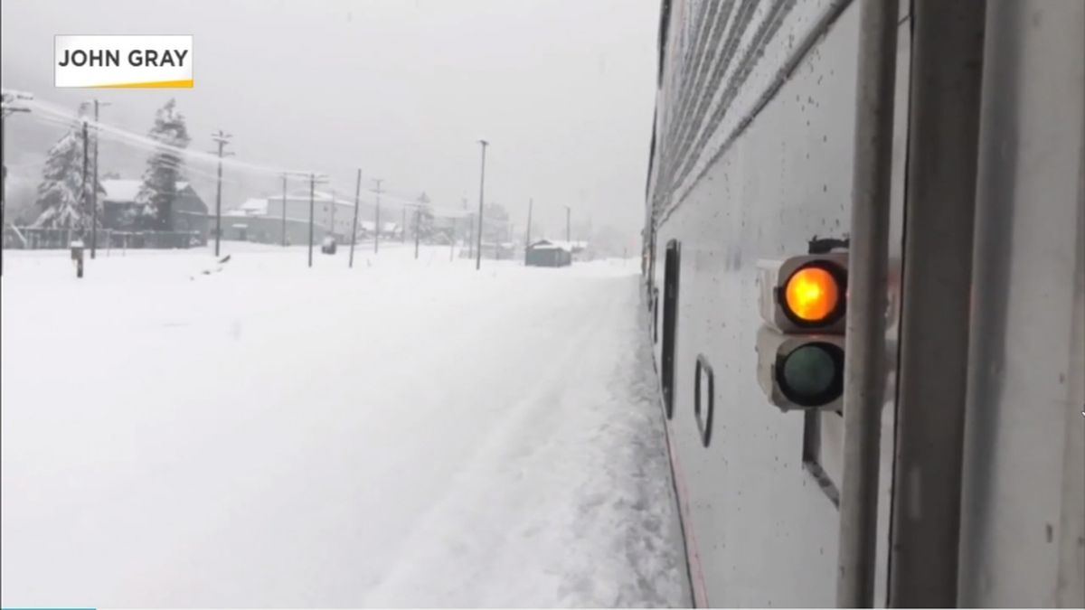 183 passengers on Amtrak train from Seattle stranded since Sunday