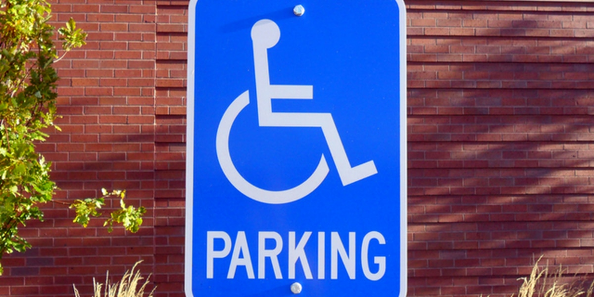 University of Washington agrees to improve parking access