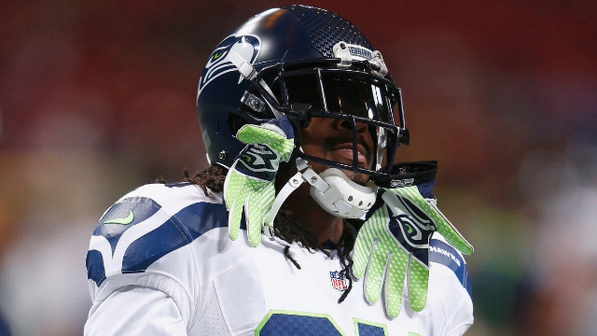 Beast Mode is back: Marshawn Lynch returns to the Seahawks