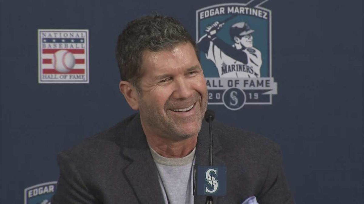 Washington Senate honors former Mariner Edgar Martinez