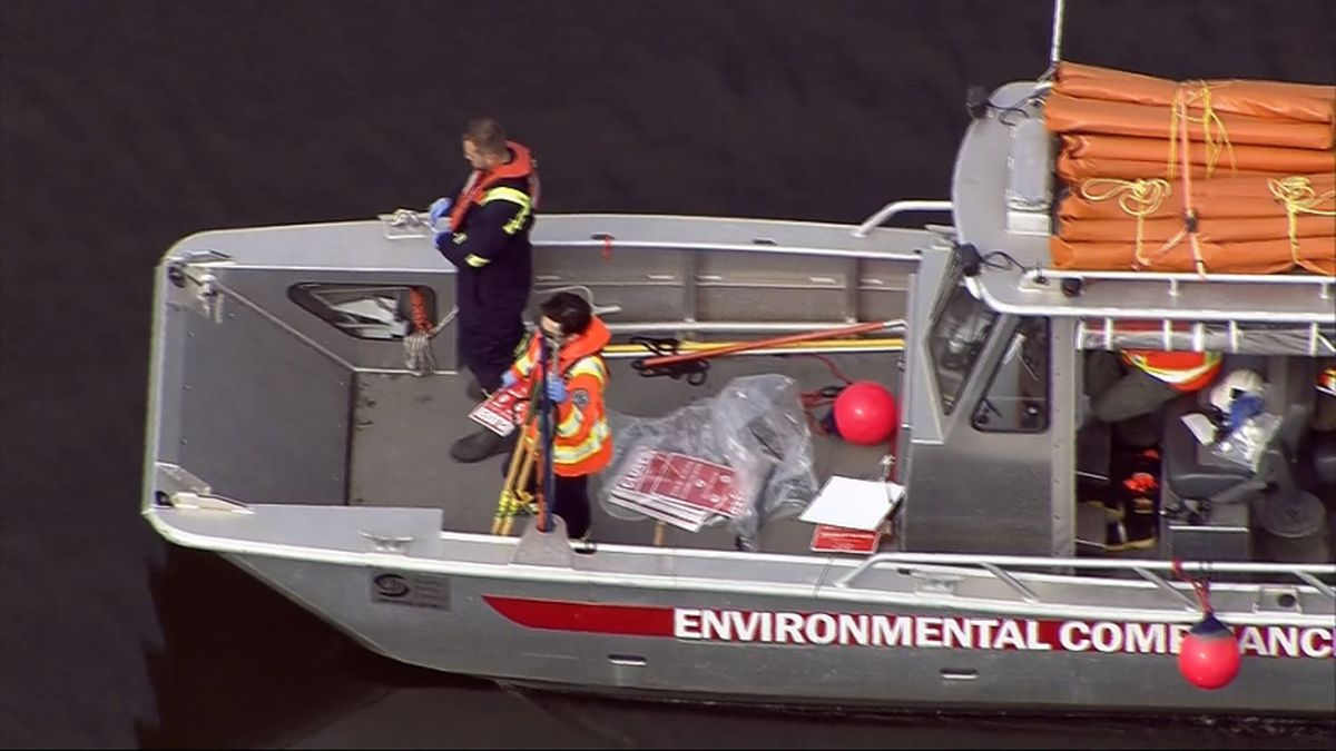 Stretch of Duwamish River closed after sewer overflow