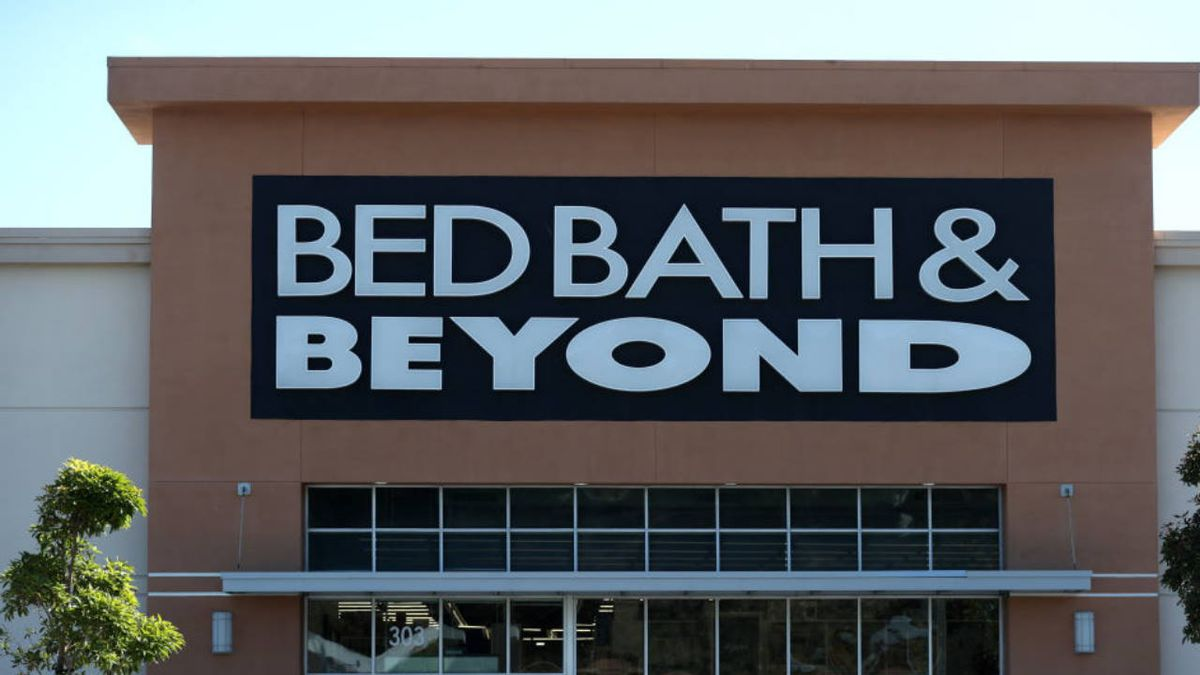 Bed Bath & Beyond reopening 600 US, Canadian stores, restoring 11K furloughed employees by June 13