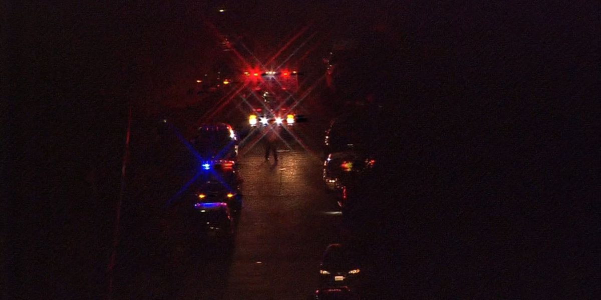 Police: One injured in shooting in West Seattle