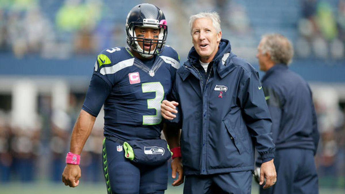 Russell Wilson Dresses Up As Pete Carroll For Halloween
