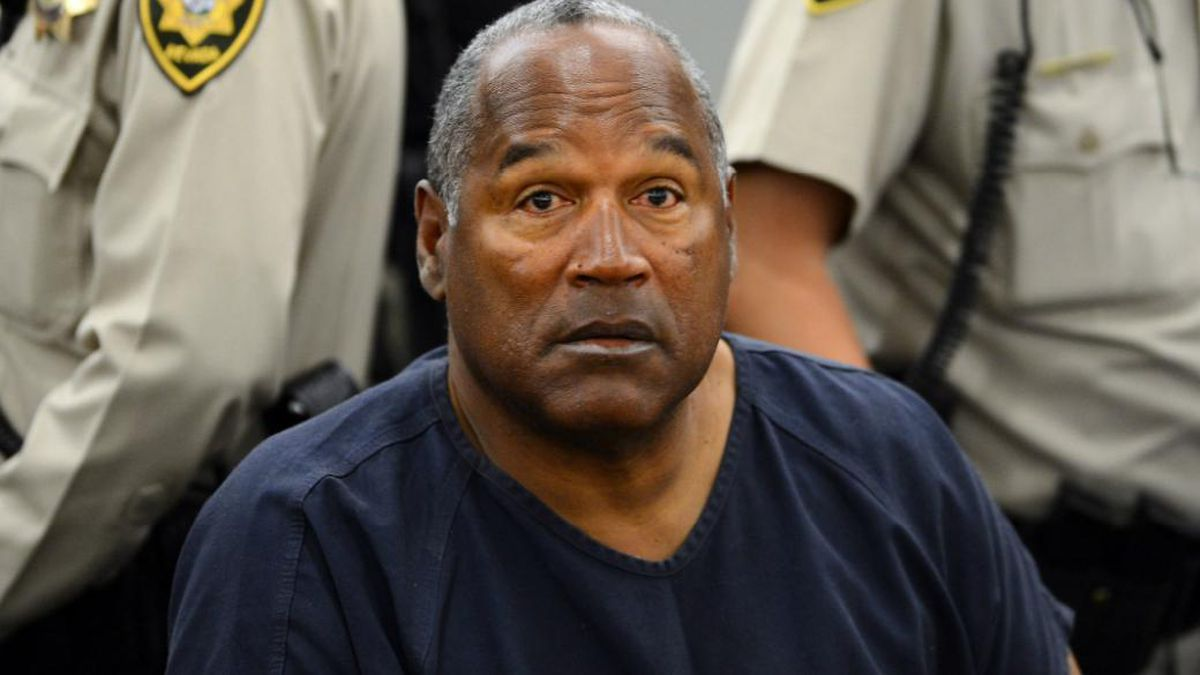 OJ Simpson, just out of prison, banned from Vegas casino for belligerence
