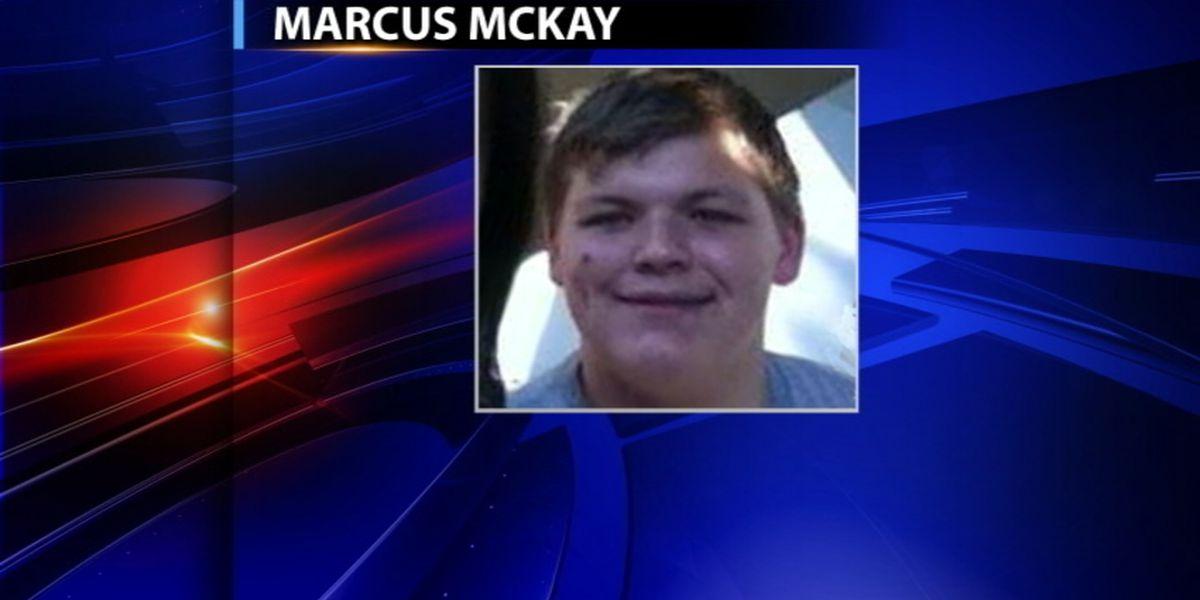 Teen sentenced in crash that killed 3 classmates