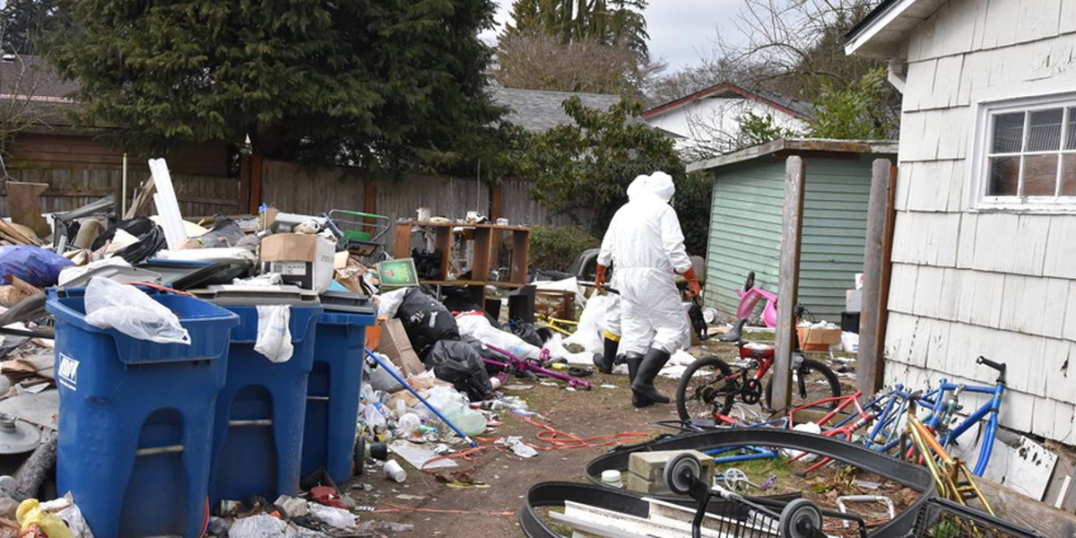 14 people ousted from trash-filled nuisance property in Monroe