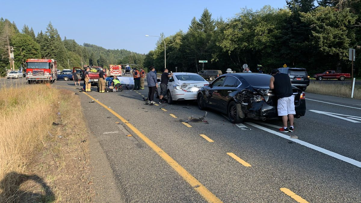 2 injured in crash involving motorcycle, multiple vehicles in Thurston County