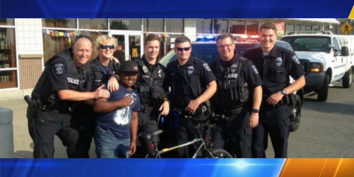 Des Moines police officers buy new bike for boy after his was stolen