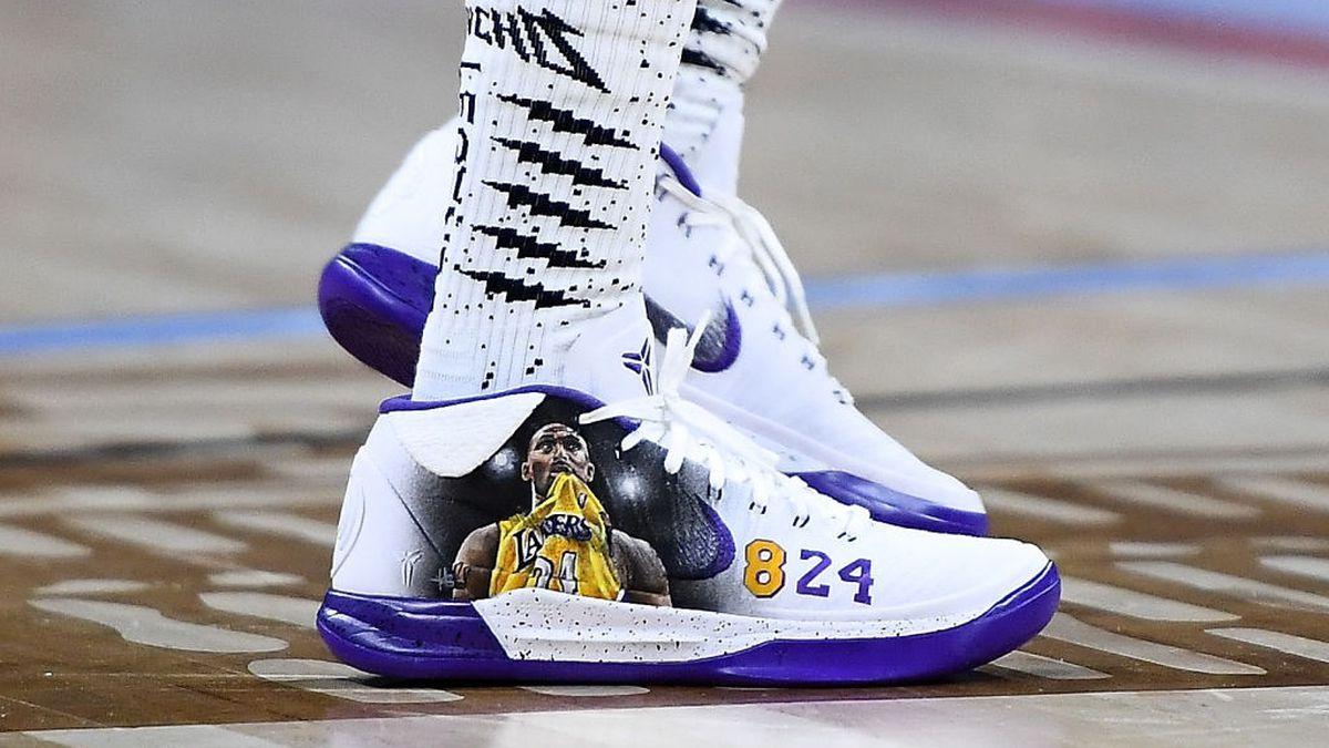 Migos' Quavo honors Kobe, Gigi Bryant with custom sneakers